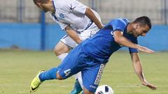 Куп анонимници изпревариха Левски в ранглистата на УЕФА