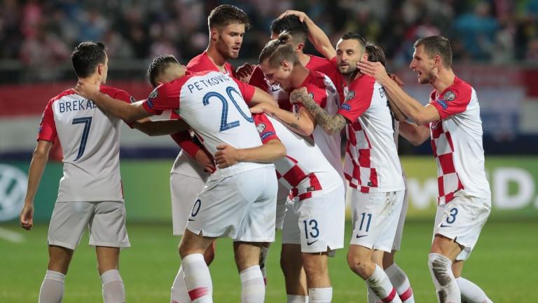 Националите на Хърватия се класираха по драматичен начин за европейските