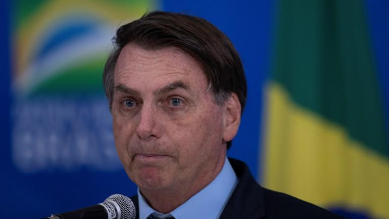 """Болсонару: Бразилците """"никога не хващат нищо"""". Коронавирусът обаче взима жертви"""