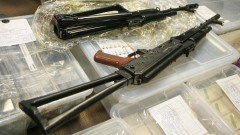 Обвиниха още петима, свързани с открития боен арсенал в София