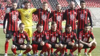 Локомотив (София) се разделя с трима футболисти