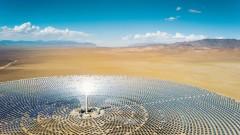 Бил Гейтс инвестира в стартъп, който може да захрани тежка индустрия със слънчевата топлина