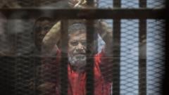 Експрезидентът на Египет Мохамед Морси осъден на 3 г. затвор за обида на съда