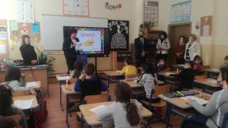 Таня Михайлова: На учениците им е по-хубаво в училище, отколкото вкъщи