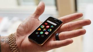Palm - смартфонът с големината на кредитна карта