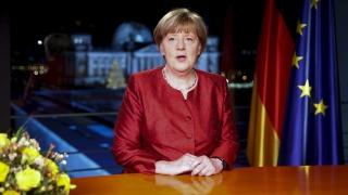 Меркел зове германците да разглеждат мигрантите като добра възможност за бъдещето