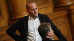 Не се обсъждат въпросителни, ироничен Радан Кънев към срещата в МС
