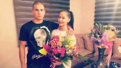 Татяна се завърна от чужбина, вдигна купон у дома за рождения си ден