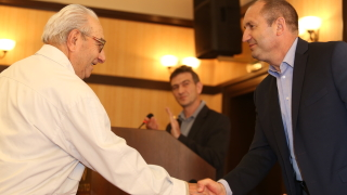 Няма да се примиря да сме най-бедни в ЕС, обеща Радев