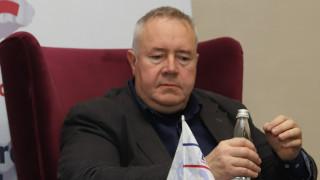 Добрата новина за Харалан Александров: разминахме се с революцията
