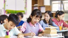Китай забрани изпитите за учениците на 6 и 7 години