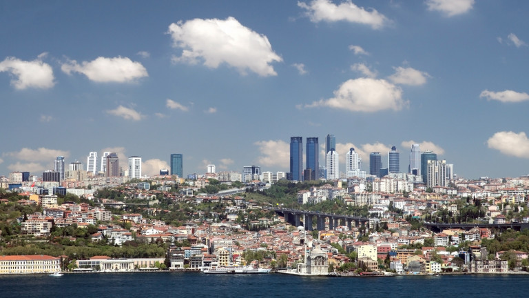 Снимка: Бум на покупките на жилища от чужденци в Турция