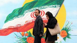 """Властите в Иран признаха, че са застреляли """"размирници"""" при протестите"""