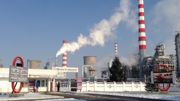 Снимка: Лукойл инвестира $101 милиона в рафинерията си в Румъния