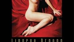 Линдзи Лоън в леглото на порно звезда