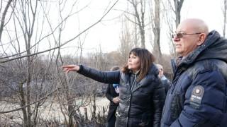 Ревизоро на място проверява цианидите в реките Юговска и Чепеларска