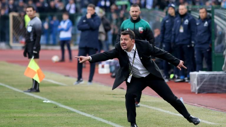 Милош Крушчич прави в ЦСКА това, което Люпко Петрович не можа
