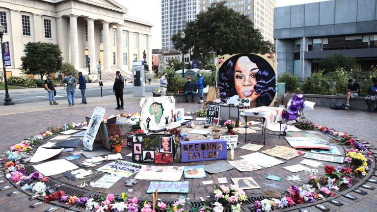 Тридневен комендантски час беше наложен в Луисвил, Кентъки след протести