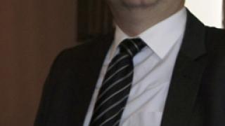 Трудни преговори за съставяне на правителство, прогнозира Четин Казак