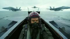 На 58 Том Круз е безстрашен пилот