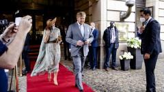 Кралят на Нидерландия: Стрелбата срещу журналиста е атака срещу демокрацията