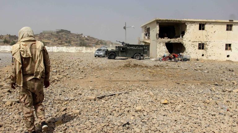 Таджикистан зове за помощ предвожданата от Русия ОДКС на границата с Афганистан