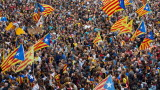 Избягвайте пътуване до Каталуния заради протести, съветва Външно