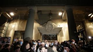 Сърбия арестува 15 опозиционери след сблъсъци пред парламента