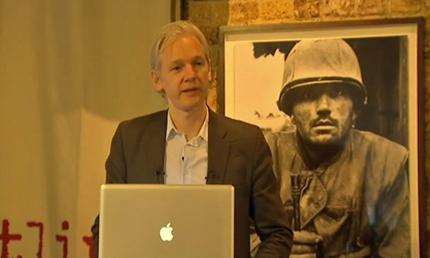 Асандж: 100 000 души пазят архива на WikiLeaks
