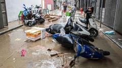 Тайфунът Хато отне живота на 12 души в Южен Китай
