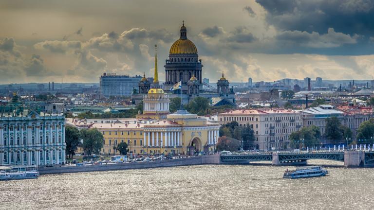 Родният град на руския президент Владимир Путин - Санкт Петербург