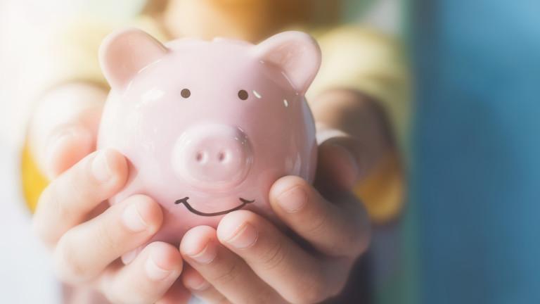 Финансовото образование на подрастващите е съществено важно за тяхното развитие.