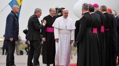 Папата с историческа визита в Швеция