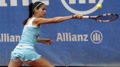 Изабелла Шиникова на 1/4-финал на двойки в Кайро