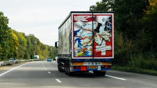 Недостиг: Още една верига във Великобритания вдига заплатите за шофьори на ТИР