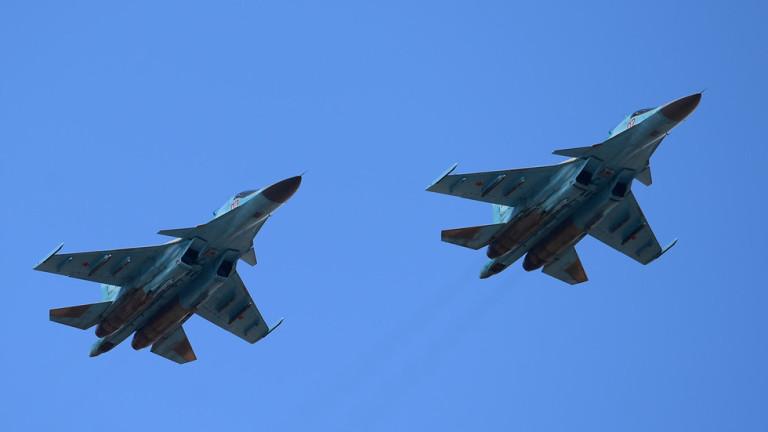 Два руски изтребителя Су-34 се удариха над Японско море
