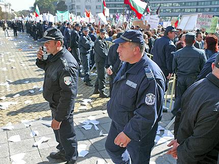 Полицаи си правят нов независим синдикат