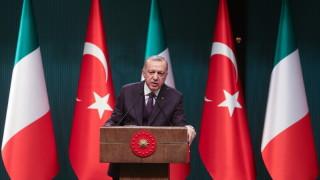 Ердоган се закани да предаде урок на превратаджията Хафтар