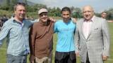 Министър Кралев посети подготвителен лагер от програмата за развитие на детско-юношеския футбол
