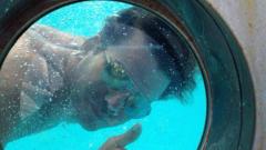 Ангел Енчев с нестандартна фотосесия на остров Миконос