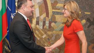 Продължете реформите, съветва наш вицепремиер грузински министър