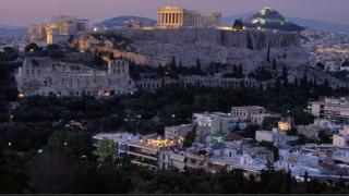 В Гърция предстоят масови съкращения в търговията