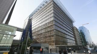 Още европейски страни въвеждат данък за Google и Facebook