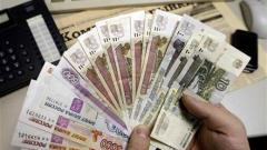 Нов рекорден спад на руската рубла