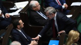 Правителството на Полша спечели вот на доверие седмици преди президентските избори