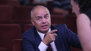 Манолова може да бие ГЕРБ в София, категоричен Свиленски