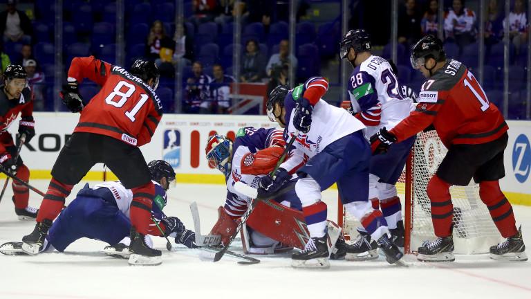 Фаворитите взеха своето в третия ден на Световното първенство по хокей на лед