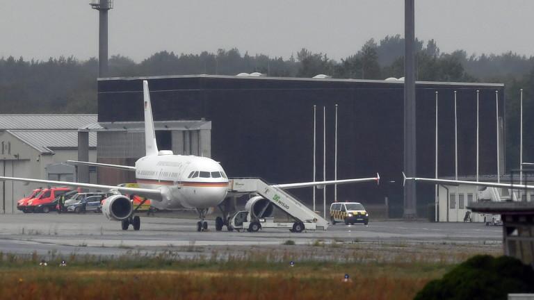Самолетът с Навални кацна в Берлин