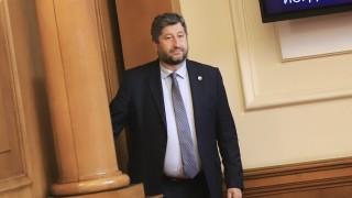Христо Иванов вижда знаци и нишани за мнозинствата в 47-то НС
