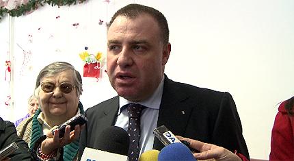 """Борисов поема """"контрола"""" върху цените на храните"""